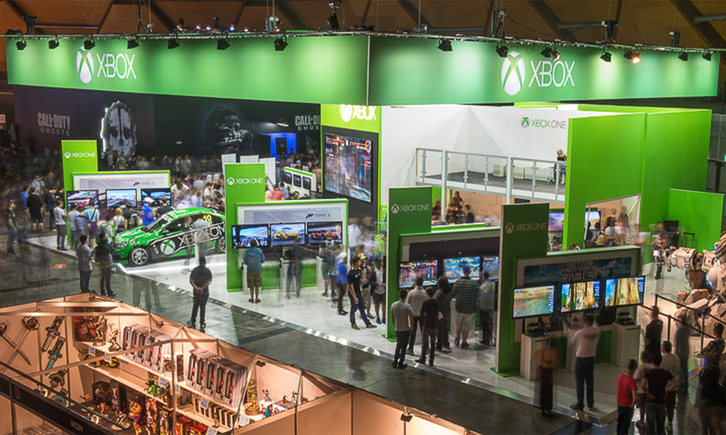 Microsoft+XBOX+Exhibition+Stand+at+EB+Games+view3